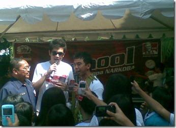 KFC Kemang dengan SMKN 12 Jakarta