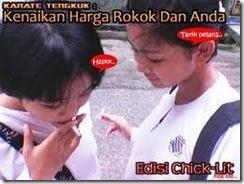 pelajar putri yg merokok